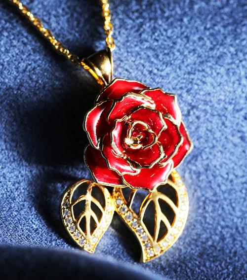 红色玫瑰花吊坠