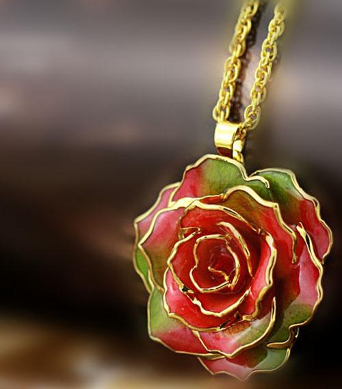 彩虹色玫瑰花吊坠