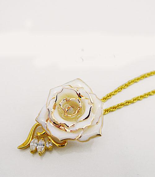 三钻镀金玫瑰花吊坠
